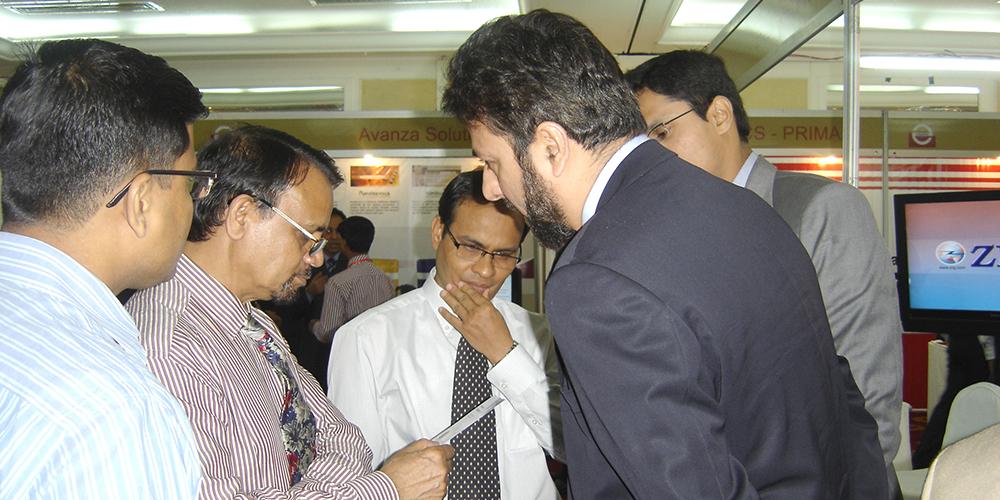 8 - ZRG represents Pakistan in E-Banking '09, Bangladesh